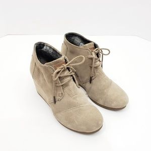 Tom's Beige Suede Wedge Ankle Boots Booties